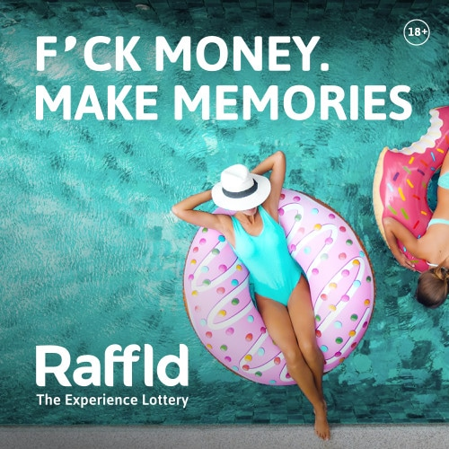 Fuck Money make Memories bij Raffid